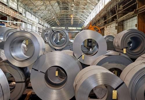 صادرات محصولات فولادی افزایش یافت.