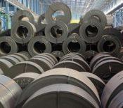 جرقههای رونق و بی اعتمادی به دورنمای بازار جهانی فولاد